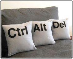 Ctrl+alt+del sofa