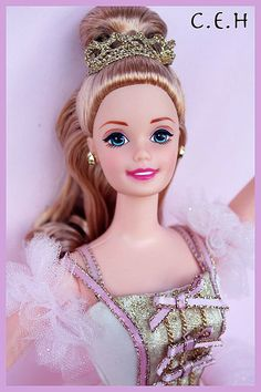1997 Barbie as the Sugar Plum Fairy Nutcracker - Classic Ballet Series Ballerina Barbie, Ballerina Dancing, Barbie Princess, Barbie 1990, Play Barbie, Doll Head, Doll Face, Barbie Nutcracker, Sugar Plum Fairy
