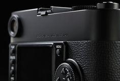 Leica M Monochrom – Shoot Purely in Black & White