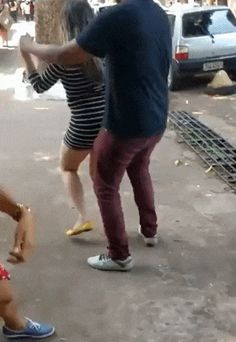 Watch Bea let me show you how I dance salsa. GIF and enjoy it. With KeepGif you can create GIF from video with a few clicks Funny Videos, Prank Videos, Funny Animal Videos, Funny Gifs, Funniest Gifs, Dance Fails, You Funny, Hilarious, Funny Pictures Can't Stop Laughing