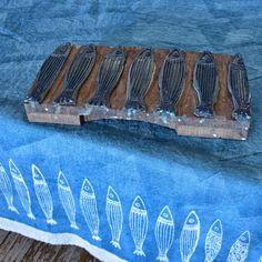 Picture from the studio. Wood block Panerea design!  #handmade #craft #hechoamano #wood #decor #oneofakind #crafting #ink #design #home #rustic #texture #summer #fish #blue #coastal #ocean #sea #homedecor #interiors #homestyling #tabledecor #inspiredbynature #inspo #blockprinting #blockprint