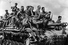 Großdeutschland Division soldiers, Kursk, July 1943.