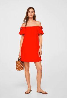 Vestido com ombros de fora (vermelho): MANGO (22,99€)