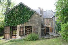 Bekijk deze fantastische advertentie op Airbnb: Idillyc house/room in Luxemburg - Huizen te Huur
