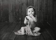 Parker months old Photo by Michelle regner photography . Baby Pictures, Baby Photos, Old Photos, Baby Wise, 7 Month Olds, Foto Baby, Photo Ideas, Picture Ideas, Christmas Photos