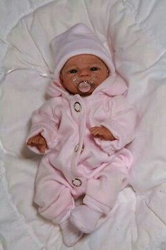 """Exceptional """"asian doll"""" information is available on our site. Bb Reborn, Reborn Baby Boy Dolls, Silicone Reborn Babies, Silicone Baby Dolls, Newborn Baby Dolls, Baby Girl Dolls, Baby Dolls For Sale, Life Like Baby Dolls, Real Baby Dolls"""
