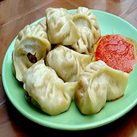 There are different varieties of Momos are available veg-momos, chicken-momos, steamed momos, fried momos. Today I am preparing vegetarian steamed momos How To Make Stuffing, Veg Momos, Main Course Dishes, Indian Food Recipes, Ethnic Recipes, Famous Recipe, Indian Street Food, Recipes From Heaven