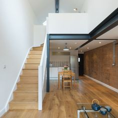Writer's Coach House - Picture gallery *steelwork