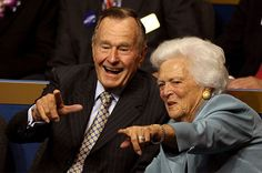 Former president George H. Bush and former First Lady Barbara Bush have both been hospitalized in Houston, Texas. Presidents Wives, American Presidents, Hw Bush, Bush Family, Presidential Libraries, Presidential Trivia, Presidential Portraits, Juan Pablo Ii, Barbara Bush
