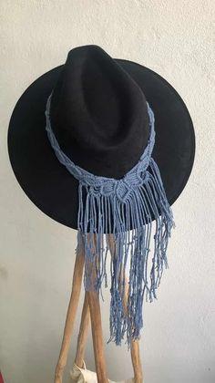Macrame Headband, Macrame Dress, Types Of Hats, Cowgirl Hats, Love Hat, Macrame Patterns, Huaraches, Caps Hats, Bandana