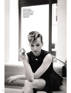 Karine vanasse—I should try to style my pixie like this Hair Inspo, Hair Inspiration, Pixie Updo, Growing Out Short Hair Styles, Mane Event, Canadian Actresses, Hair Day, Hair Looks, Her Hair