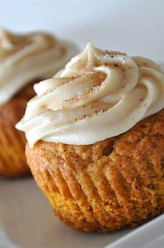 "Pumpkin Spice Cupcakes | ""I just made these cupcakes and they were by far some of the best I have had in a long time."" #cupcakerecipes #bakingrecipes #dessertrecipes #cupcakeideas Fall Desserts, Just Desserts, Delicious Desserts, Yummy Food, Dessert Healthy, Pumpkin Recipes, Fall Recipes, Sweet Recipes, Cupcake Recipes"