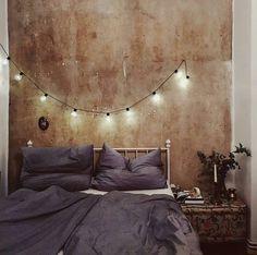 Lichterketten im Schlafzimmer sind super! Gerade im Winter ist es so einfach total gemütlich wie Saskia's Foto zeigt. Tolles Foto und Repost von @oh_hedwig