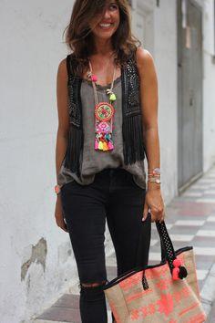 necklace+bag+vest= <3