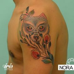 Lobo #wolftattoo #flowers #armtattoo #tattoo #tatuaje #flores #lobo #tattoos #iristattoo #palermo #buenosaires #argentina