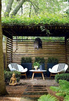 Magical & Peaceful Zen Garden Designs and Ideas Zengarten Mit Pergola Zen Garden Design, Outdoor Decor, Garden Design, Backyard Design, Garden Seating, Patio Design, Pergola Designs, Diy Backyard, Outdoor Accent Table