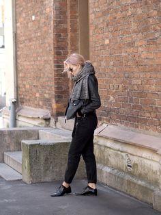 Elämän lokerikko | OOTD, mom jeans, biker jacket, nahkatakki, mutsifarkut - Pupulandia | Lily.fi