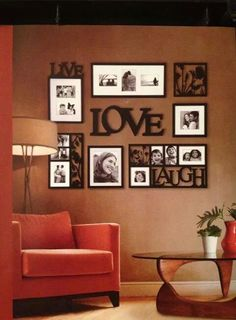 Decorare le pareti con foto - Decorazioni per pareti Decorate the walls with photos - Wall decorations Family Wall, Family Room, Photowall Ideas, Diy Casa, Home And Deco, Home Projects, Beautiful Homes, Simply Beautiful, Beautiful Images