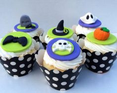 Check out Halloween Fondant Cupcake Toppers. Set includes 12 2 of each pattern! on prettypartydetails