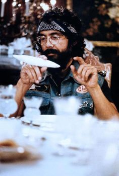 Up in Smoke-we had a laugh at the Luverne Drive-In watching Cheech and Chong movies. Cheech E Chong, Chicano, Marijuana Art, Cannabis Oil, Psy Art, Mary J, Up In Smoke, Smoking Weed, Celebs