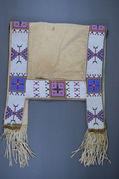 Lakota saddle blanket   Gordon Smith Exhibition Native American Dress, Native American Images, Native American Artifacts, Native American Beading, Horse Mask, Indian Horses, Indian Beadwork, Saddle Blanket, Horse Gear