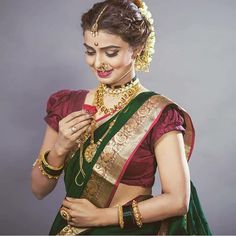 Image may contain: 1 person, standing Maharashtrian Saree, Marathi Saree, Marathi Bride, Marathi Wedding, Saree Wedding, Marathi Nath, Wedding Suits, Saree Poses, Nauvari Saree