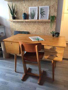 Vintage kant-en-klaar desk