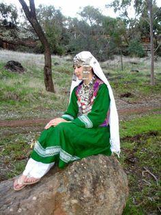 Hazaragi girl - Hazara Network