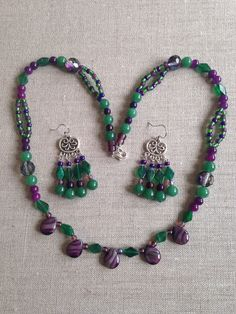 Purple Necklace, Beaded Necklace, Green And Purple, Emerald Green, Diamond Shapes, Different Colors, Seed Beads, Glass Beads, My Etsy Shop