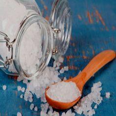 Морската сол като средство за премахване на магия