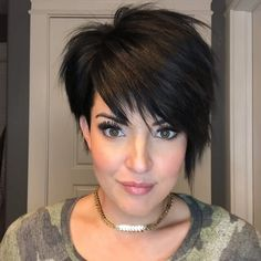 """Short Hair Styles : Description Life's too short to take yourself or your """"kitchen sink bangs"""" too serious! PS if you don't know what """"kitchen sink hair"""" is, we probably… Short Layered Haircuts, Cute Hairstyles For Short Hair, Trending Hairstyles, Curly Hair Styles, Short Asymmetrical Hairstyles, Short Haircuts Women, Edgy Pixie Haircuts, Shaggy Haircuts, Teenage Hairstyles"""