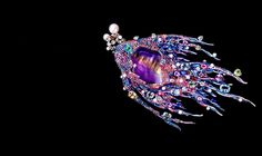Wallace Chan Insekten Kunst Schmuck | www.bocadolobo.com #luxusSchmuck