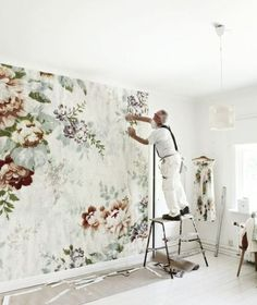 oversized floral wallpaper --- watercolor mural wallpaper statement accent wall --- modern boho bohemian eclectic interior botanical design home decor --- from Mokkasin Wallpaper Wall, Flower Wallpaper, Large Floral Wallpaper, Bedroom Wallpaper, Heart Wallpaper, Wallpaper Patterns, Wallpaper Pictures, Deco Pastel, Decorating Jobs