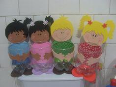 Dulcero para el dia del niño - Imagui Kids Crafts, Fun Crafts To Do, Foam Crafts, Preschool Crafts, Arts And Crafts, Plastic Bottle Crafts, Recycle Plastic Bottles, Paper Crafts Origami, Art N Craft
