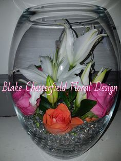 #independentflorist #lillies This design comes with lights on or off