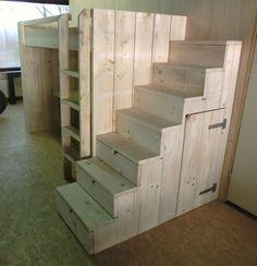 Trapkast voor hoogslaper/stapelbed