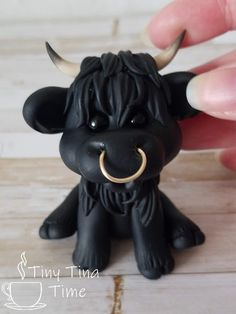 """The """"Mini Moo"""" Polymer Clay Sculpture Polymer Clay Ornaments, Polymer Clay Figures, Polymer Clay Sculptures, Cute Polymer Clay, Polymer Clay Animals, Cute Clay, Polymer Clay Dolls, Polymer Clay Projects, Sculpture Clay"""