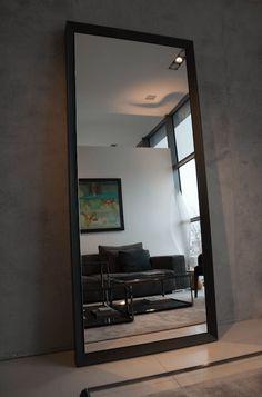 Icon Concept Design Mirror Mark II oferowane przez Icon-Concept.pl idealnie nadają się do biura, loftów, domu. Sprawdź nasze Icon Concept Design Mirror Mark II!