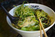 The 10 Best Vegan Ramen Finds in Los Angeles Spinach Noodles, Vegan Ramen, Seaweed Salad, Japchae, Shio Ramen, Vegan Style, Vegans, Second Floor, Ethnic Recipes