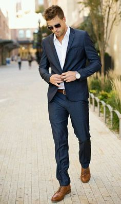 Casual, Well Dressed