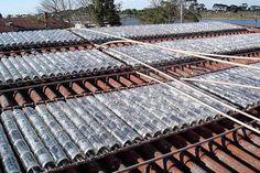 Panel solar con botellas de plástico recicladas | BricoBlog