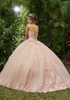 Xv Dresses, Mori Lee Dresses, Quince Dresses, Ball Gown Dresses, Pageant Dresses, Disney Dresses, Pink Ball Gowns, Sweet 15 Dresses, Pretty Dresses