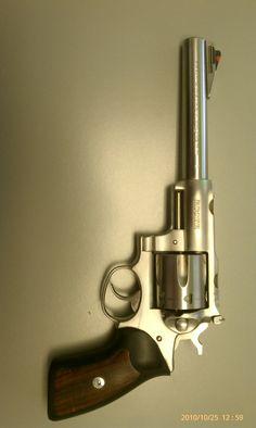 Revolver, 44 Magnum, Female Cop, Gun Art, Military Weapons, Guns And Ammo, Paintball, Pistols, Rifles