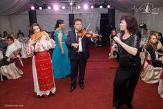 Formatie Nunta Bucuresti Andrei Racu Band, nunta Marius si Andreea, la cort evenimente in Berceni. www.andreiracuband.ro