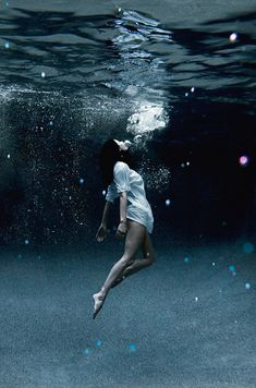 I want to do an underwater photoshoot, but in a long flowy gown