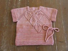 Different And Stylish Baby Vest Models – Knitting And We Baby Knitting Patterns, Baby Girl Patterns, Knitting Blogs, Knitting For Kids, Easy Knitting, Baby Cardigan, Baby Pullover, Bebe Baby, Stylish Baby