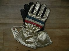Killer vintage leather motorcycle/ racing gloves.  Available now in the eBay shop.