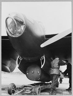 De Havilland Mosquito, Ww2 Aircraft, Royal Air Force, World War Two, Wwii, Riding Helmets, Two By Two, Museums, Caption