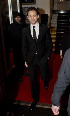 "torrilla: ""Tom Hiddleston leaving the BAFTA Academy, Piccadilly on February 5, 2015 in London, England [HQ] """