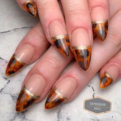 I LOVE doing torties! Gimme MORE! Using: / Alluring courage & swag . Trending Fashion, Nail Pro, Nails Magazine, Magpie, Nail Inspo, Natural Nails, Swag Nails, Gel Polish, Nail Designs